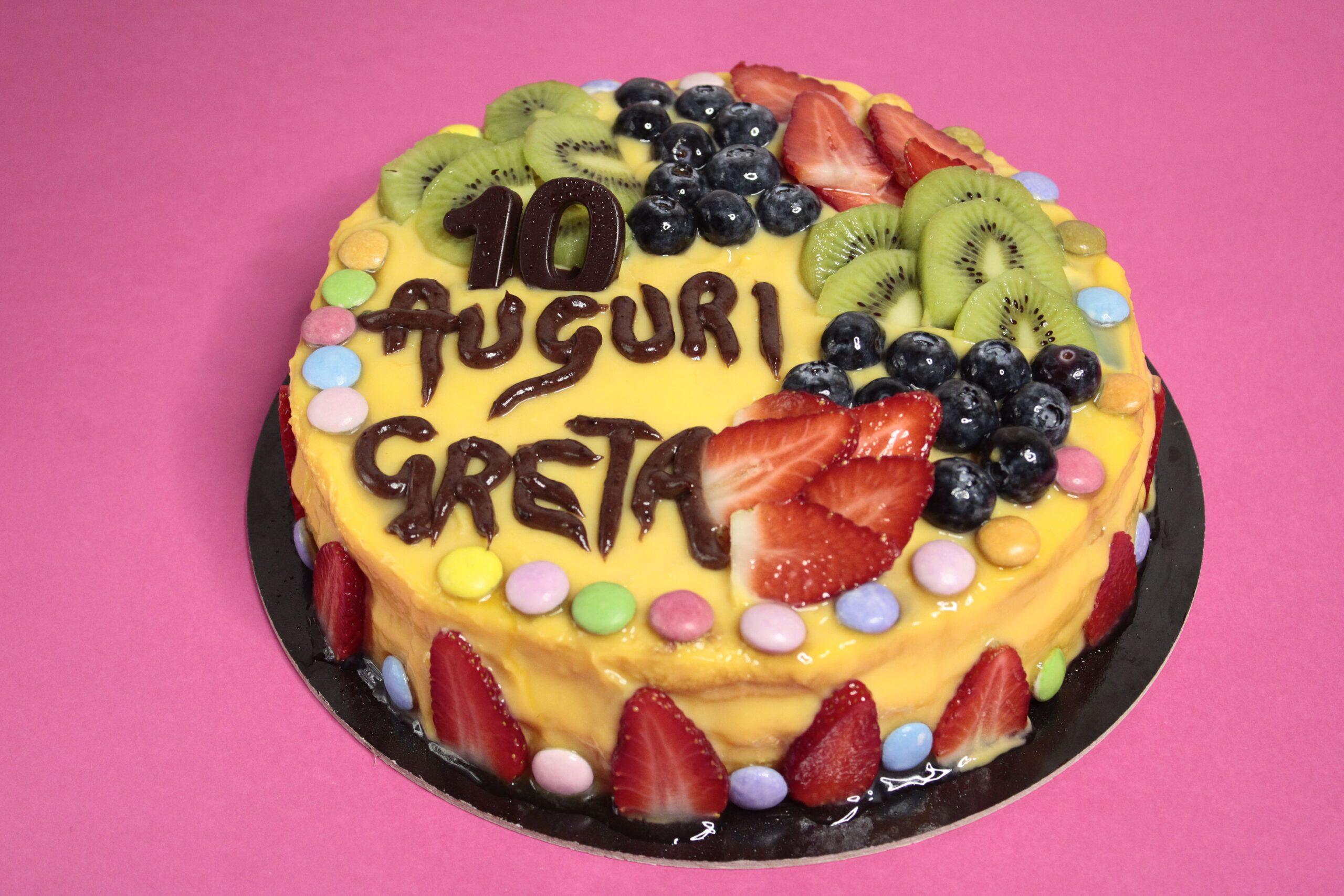 Torta crema e frutta